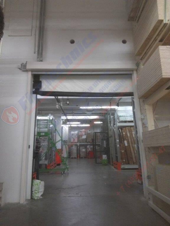 Противопожарная автоматическая штора Fireshield-EI60 в Торговый Комплекс «Город»